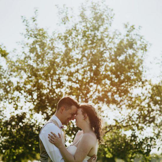 Montreal-vineyard-animal-farm-barn-rustic-outdoor-wedding-01