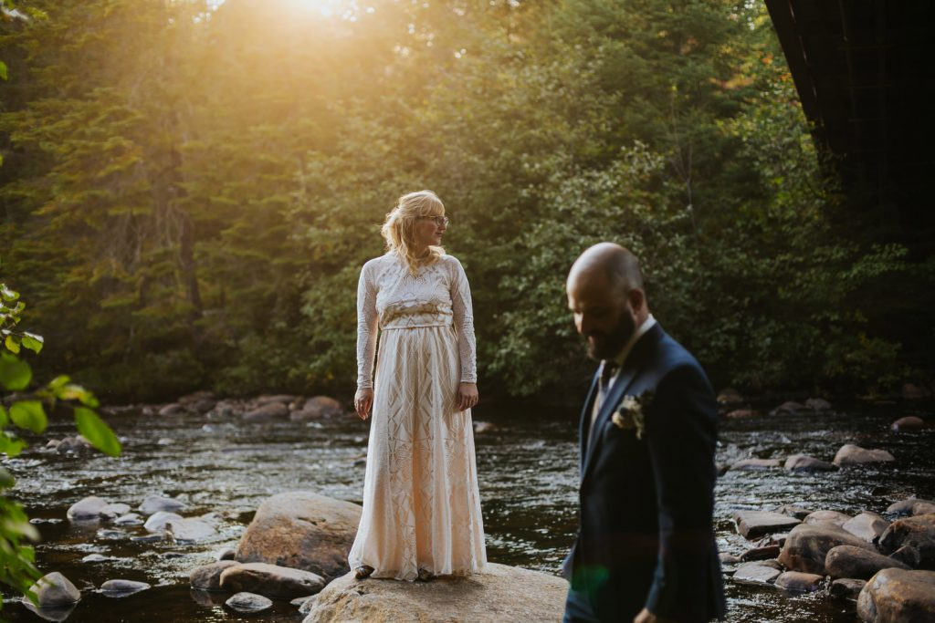 Mont-Tremblant-Surperior-Lake-Intimate-Cottage-Wedding-Photography-Documentary-01-opustill