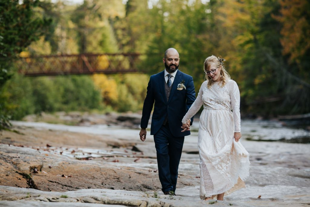 Mont-Tremblant-Surperior-Lake-Intimate-Cottage-Wedding-Photography-Documentary-38-opustill